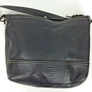 coach black pebbled leather shoulder tote #5715